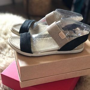 Ecco Ankle Sandals